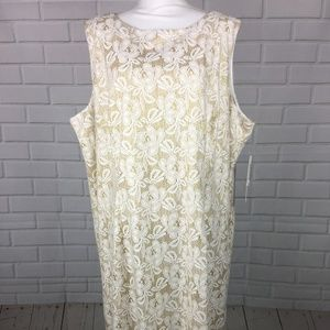 New Ivory Gold Floral Sleeveless Formal Dress